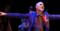 Una loca ópera de Yllana en el Buero Vallejo
